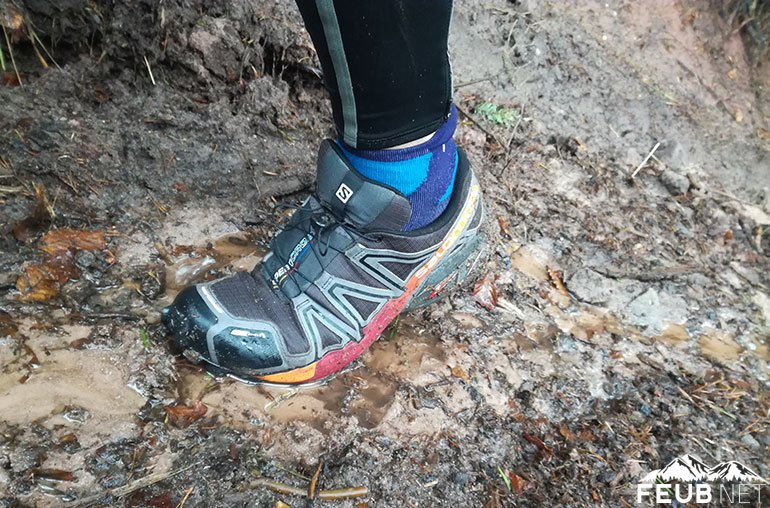 Les Salomon Speedcross 4 CS dans la boue vosgienne