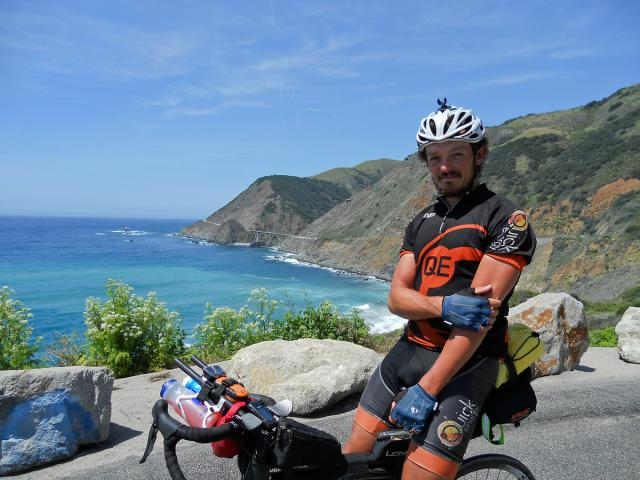 Mike Hall, légende du cyclisme sur ultra distance