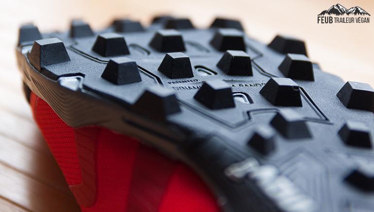 Les crampons de 8 mm de la X-Talon en fait la reine de la boue